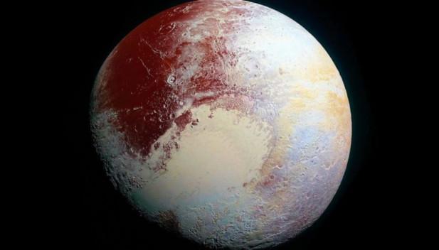 De ce Pluto si a pierdut statututul de planeta