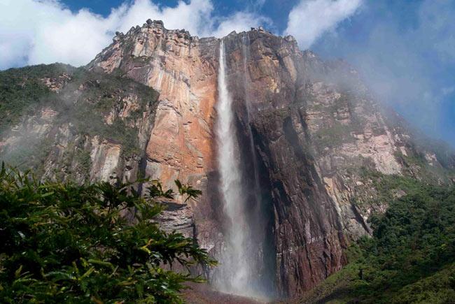 Miraculoasă cascadă, Cascada Angel