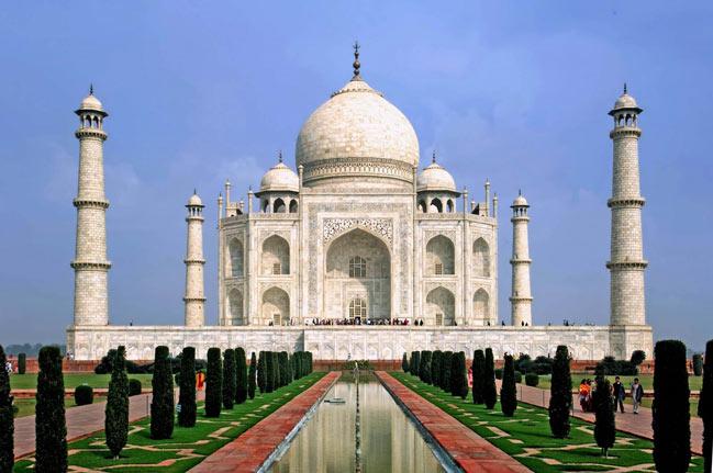 Minaretele Taj Mahal