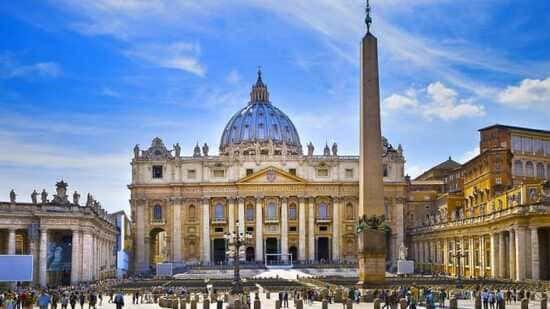 Arhivele Vaticanului sunt o enigmă și suscită interesul tuturor