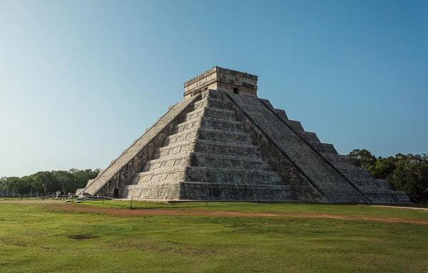 Piramidele mexicane
