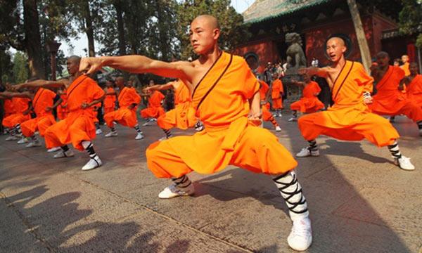 Legenda celor 13 călugări