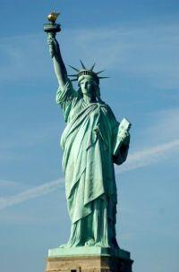 Statuia Libertății reprezintă un cadou oferit SUA de către Franța