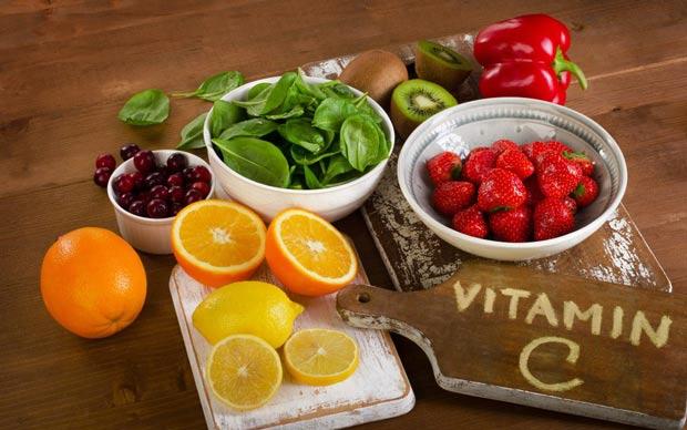 Fructe bogate in Vitamina C