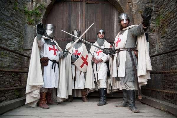 Cavalerii Templieri Istoria celui mai misterios ordin